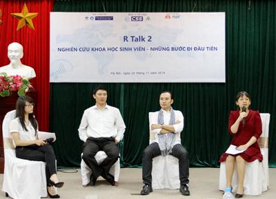 R Talk 2 IMG2